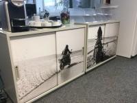 09 - Folierung Digitaldruck Kühlschrank und Sideboards