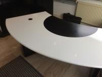 04 - Folierung Schreibtisch und Schrank