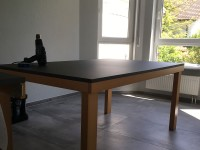 05 - Folierung Tisch und TV-Schrank